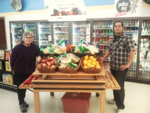 Ann, Director of OCFP and Ramiz, Lake Elmo store owner share Fresh 'n Healthy, Good Food Closer to Home
